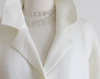 1950's Sweater Jacket. White. MED / LG. 100% Virgin, Knit. Soft Acrylic. Pockets. // Women's Cardigan, Button Up.
