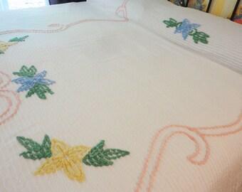 "Chenille Bedspread White with Colored Design & Florals - Full Size 90"" x 99"" Cotton"