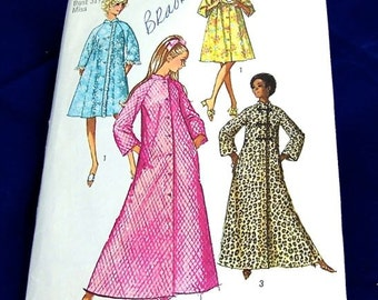 Vintage 1970 Simplicity Pattern 9074 Misses Robe in 2 Lengths  Size 8 Bust 31 1/2