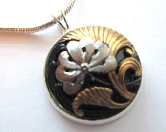 Vintage button pendant, Czech glass button, silver pendant and chain