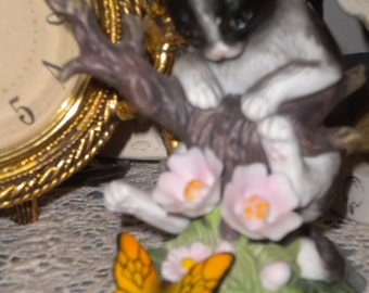 Adorable Kitten/Butterfly,Roses Collectable Figurine, Second Thoughts, Curious Cat