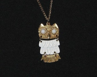Vintage 70s 80s Gold & White Reticulated Embossed Metal Owl Necklace