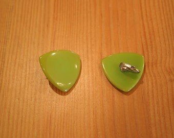 Vintage Bakelite Clip On Earrings / Lime Green