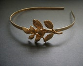 Gold Leaf Headband Twig and Leaves Woodland Light Vintage Brass Toned Metal Headband Vintage Style Bronze Toned Simple