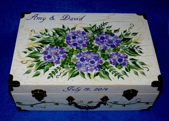 Decorative Wood Wedding Keepsake Box Distressed Wedding Suitcase Trunk Hydrangea Wedding Card Box Chest Personalized Hand Painted