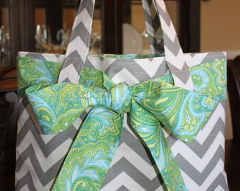 X-LARGE gray and white CHEVRON stripe zigzag Handbag/ Diaper Bag/ Purse/ Tote with Blue/Green Paisley Bow/Sash