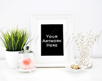 Artwork Mockup for prints (19); styled stock photography; web, blog; gold frame picture