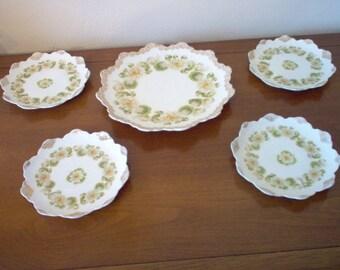 Vintage Five Piece Cake Set Water Lily Pattern