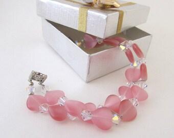 Cat's Eye Pink Heart Lady's  gift  bracelet