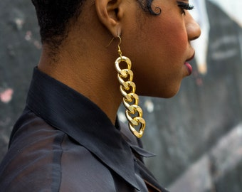 SALE !!! Gold Chain Link Earrings