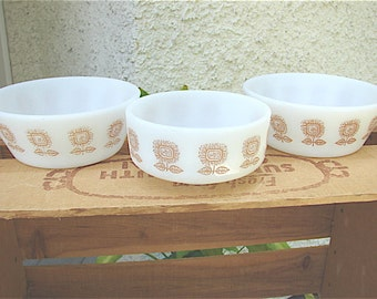 Federal Sunflower Pattern Bowls
