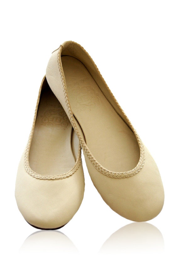 AISE Ivory Womens Shoes Leather Ballet Flats By BaliELF
