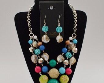 Shell // bead dangle earrings
