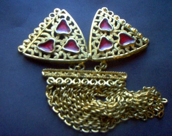Vintage 1970's Gold with Red Enamel Pendant
