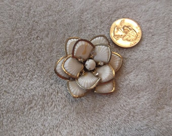 Vintage Pin-  Pretty Layered Flower-P2378