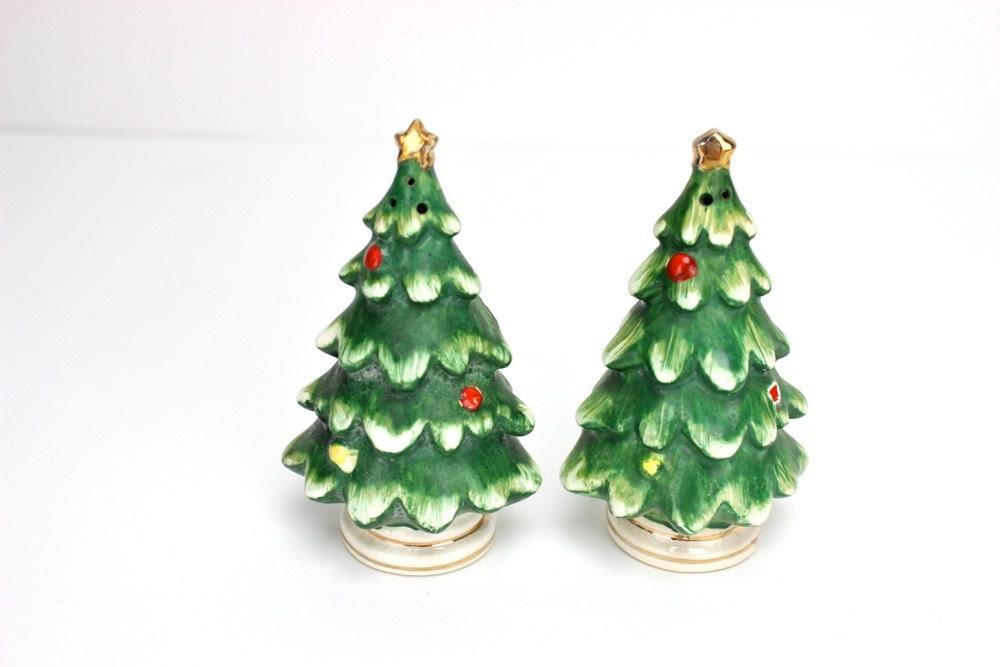 Vintage Christmas Salt And Pepper Shakers Lefton Christmas