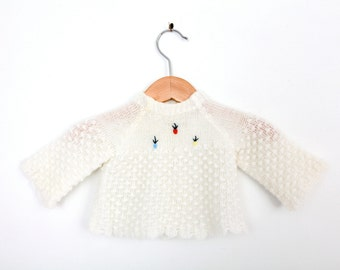 Vintage Baby Sweater in White With Embroidered Flowers for Newborn