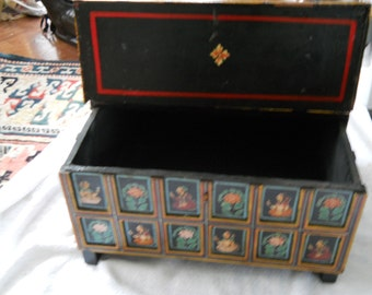 """Hand painted hindge box form the 1960""""s"""