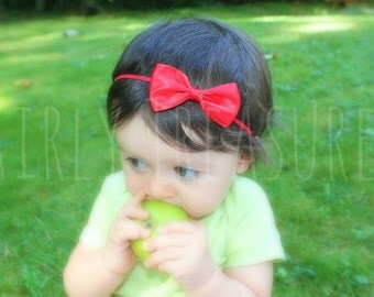 Mini Satin Red Bow Headband. Baby Red Bow Headband. Snow White. Baby Headband. Newborn Headband. Girl Headband. Photo Prop.