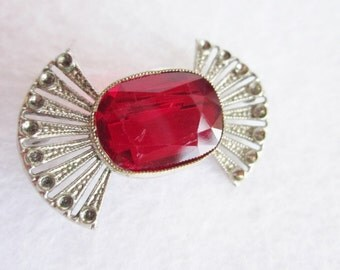 Vintage Ruby Colored Cut Glass Silver Metal Brooch
