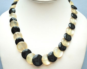 Black and White Lucite Collar necklace with round disk beads