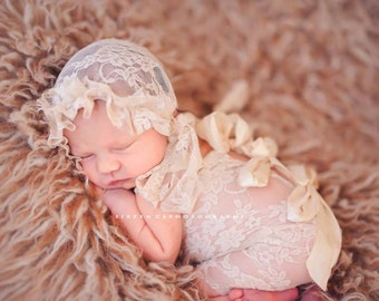BONNET and ROMPER in Stretch Lace for the  Newborn Baby Girl Photo Prop, Newborn Girl, Baby Girl, Bonnet and Lace