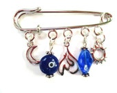 Muslim Baby shower safety pin with Allah pendant.