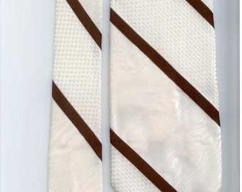Vintage polyester brown and white striped mens necktie