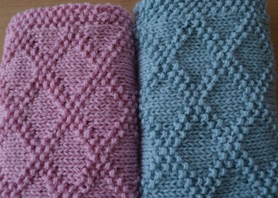 Knitting Pattern For Lap Blanket : Diamonds Baby Blanket / Basket stuffer / Lap Blanket