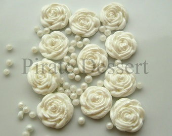 100 Wedding Favor Candies WHITE ROSES sugar flowers- half inch - Fondant Roses - Edible cake and Cupcake decorations (White) (100 Pieces)