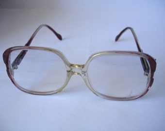 Authentic Vintage Women's Retro Style Eyeglasses - See our huge collection of vintage eyewear