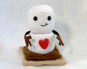 S'More snowman plush toy with heart