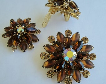 Vintage Judy Lee rhinestone brown topaz amber glass brooch pin and earrings in gold metal Astronaut Wives