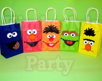5 Sesame Street party bags