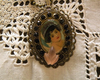 Victorian style  Pendant with vintage angel