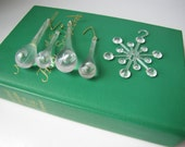 Vintage Christmas Ornaments. Clear. Set of 5. Snowflake. Icicle.