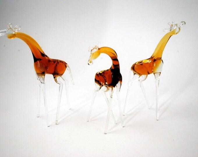 e33-18L Giraffe (1 piece for price shown)