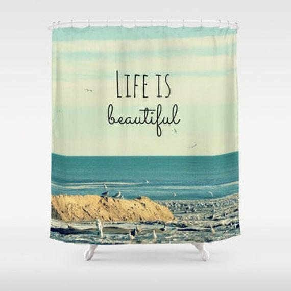 rideau de douche tissu la vie est belle photographie. Black Bedroom Furniture Sets. Home Design Ideas