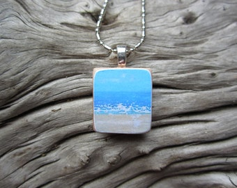 Abstract ocean print wood tile necklace