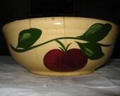 """1950s  Watt Pottery 8.75-inch Flat Bowl """"Apple"""" Pattern, 3 Leaf Design"""