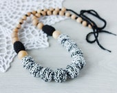 All natural juniper Teething / Nursing necklace for breastfeeding Mommy  - black white colors - cotton yarn wood bead