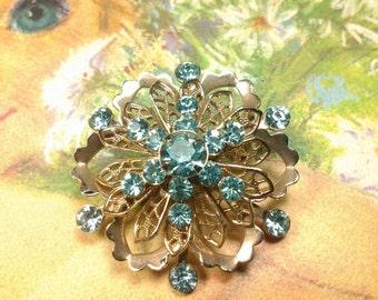rhinestone vintage costume jewelry brooch pin  flower crystal