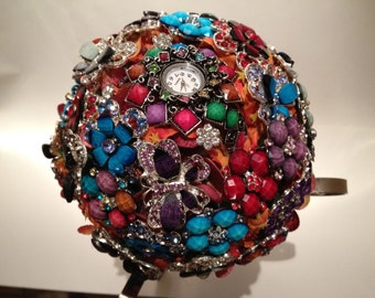 Brooch Bouquet, Butterflies are free