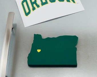 "Oregon Ducks ""State Heart"" Magnet, handcrafted wood with official team colors"