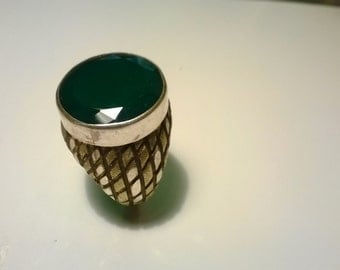 green agate stone ring magnificence..Shipping free.