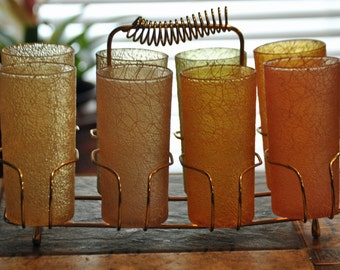 Vintage Set of 8 SPAGHETTI STRING Shatterproof Tumblers in Gold Tone Caddy