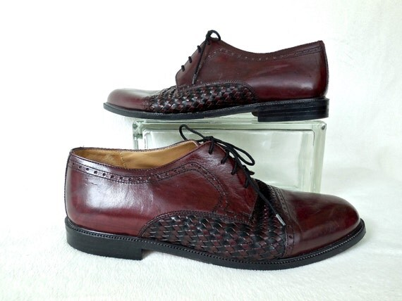 Vintage Stanley Blacker Shoes Two Tone Cap Toe Brogue Leather