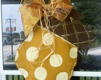 Burlap Acorn door hanger for the Fall season