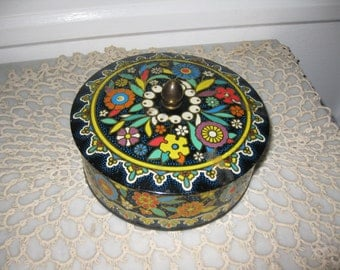 ANTIQUE MADE In ENGLAND  Florentine Metal Tin Filled With 2 1/4 Pounds Of Buttons
