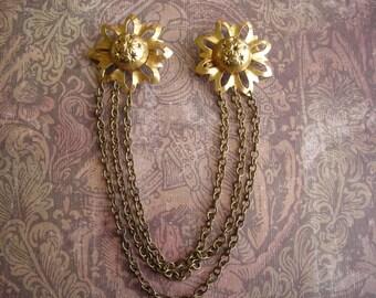Vintage Art Deco Sunburst Brass Pins Clasp Guard with Chain